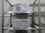 Regał laboratoryjny na próbki betonu