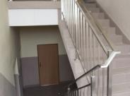 Balustrada nierdzewna Zespół Szkół im. Jana Pawła II w Łapanowie